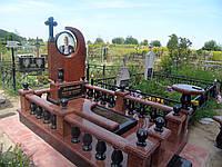 Памятник из красного гранита № 999