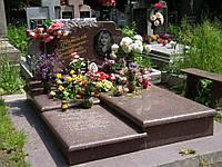 Памятник из красного гранита № 9013