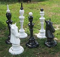 Шахматные фигуры из дерева