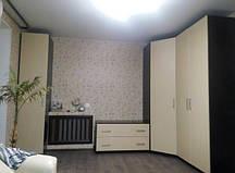Угловой шкаф - мебель в спальню