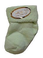 Махровые носки для новорожденных салатового цвета