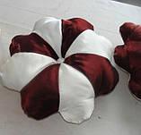 Подушка цветок бордо и слоновая кость, фото 3