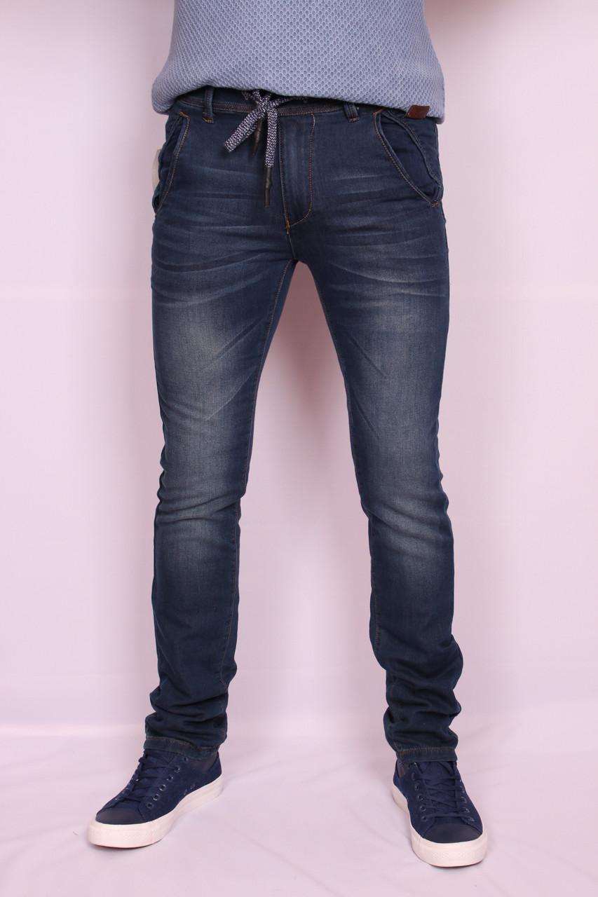 Мужские джинсы DZIRE