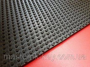 Резина набоечная листовая ТАНК (износостойкая) Украина 500*500*7 мм цвет черный