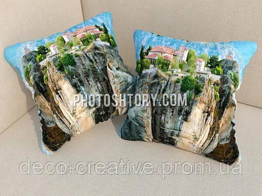 Подушки с фото замок на скале