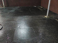 Резиновая плитка для хоккеистов., фото 1