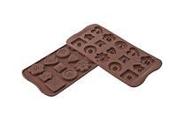 """Форма для шоколада """"Печенье"""" 30*30 мм h 3,3 мм Silikomart"""