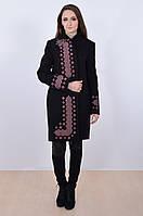 Модное черное пальто с вышивкой