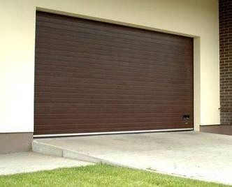 Металлические секционные гаражные ворота