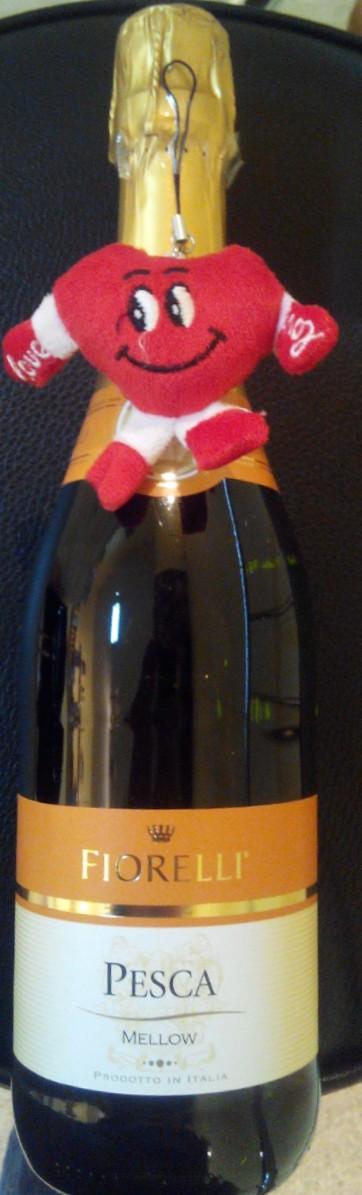 """Итальянское белое игристое вино с персиком Фиорелли """"Фраголино"""" Персик. 0,75л"""