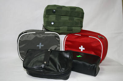 Чехлы, рюкзаки, футляры, шкафчики медицинские