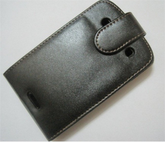 Чехол BlackBerry 9900 черный + пленка распродажа