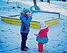 Поприветствуем новых участников конкурса на лучшее зимнее фото - Стасика (4 года) и Адель (1,5 года) из Ивано-Франковска!