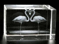 Лазерная голограмма в хрустале / Фламинго сердцем / 06 см 6x4x4 см