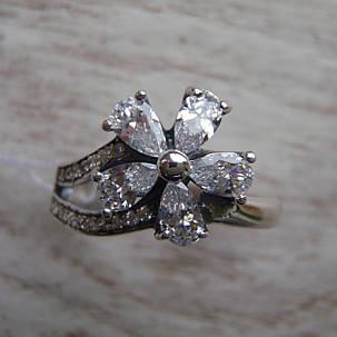 Шикарне срібне кільце у вигляді квітки зі вставками з прозорого фіанітів, фото 2