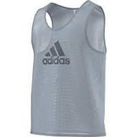 Футбольная манишка adidas серая TRG BIB 15 D84856