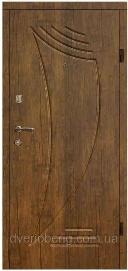 Входная дверь модель П2-46 ДУБ ЗОЛОТОЙ