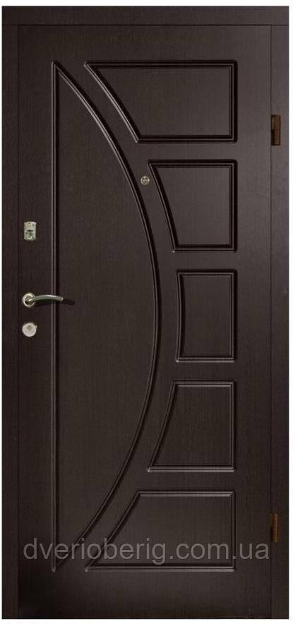 Входная дверь модель П2-320 ТЕМНЫЙ ОРЕХ