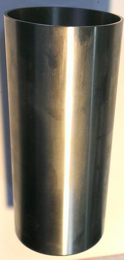 Втулка блока цилиндров Д3900 без буртика 31358324 6 402075