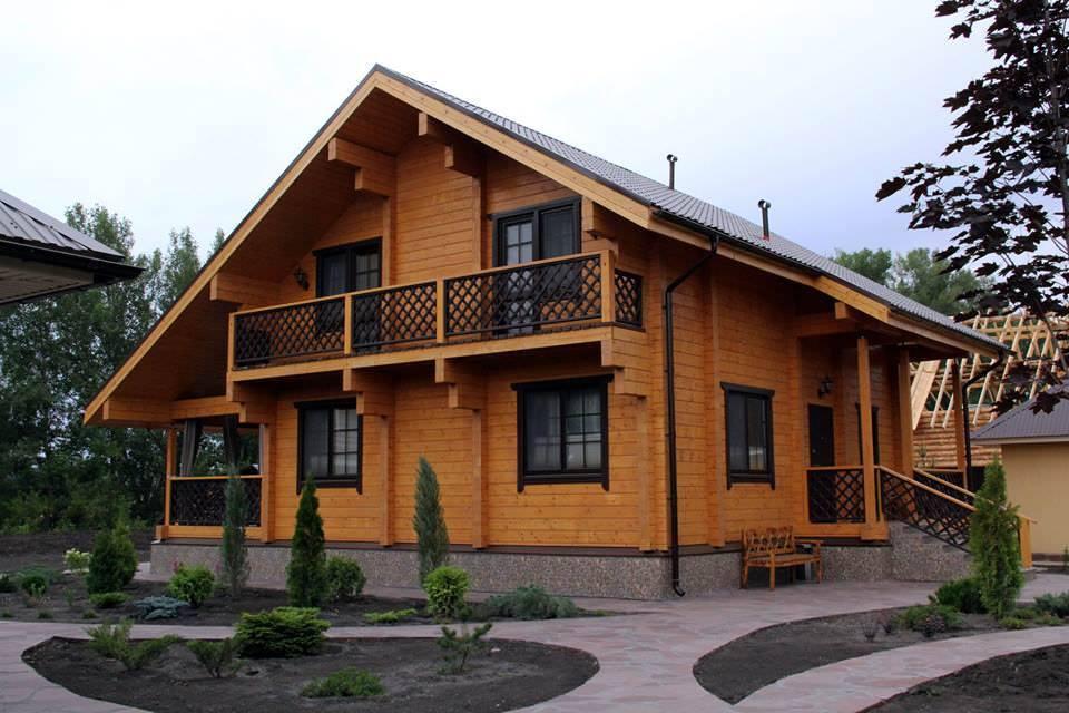 Деревянный дом 5 в 1 (дом, баня, беседка, мангал, эксклюзивный камин), 140кв.м - КомФорТиум в Киеве