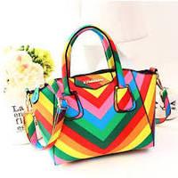 Цветные сумки.