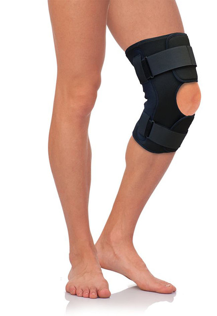 Бандаж на коленный сустав разъемный, с металлическими шарнирами Тривес (Россия)