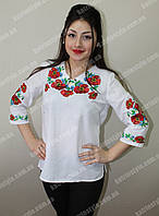 """Женская сорочка """"Полевые цветы"""" белого цвета вышитая гладью"""