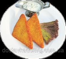 Сыр жаренный во фритюре с ветчиной