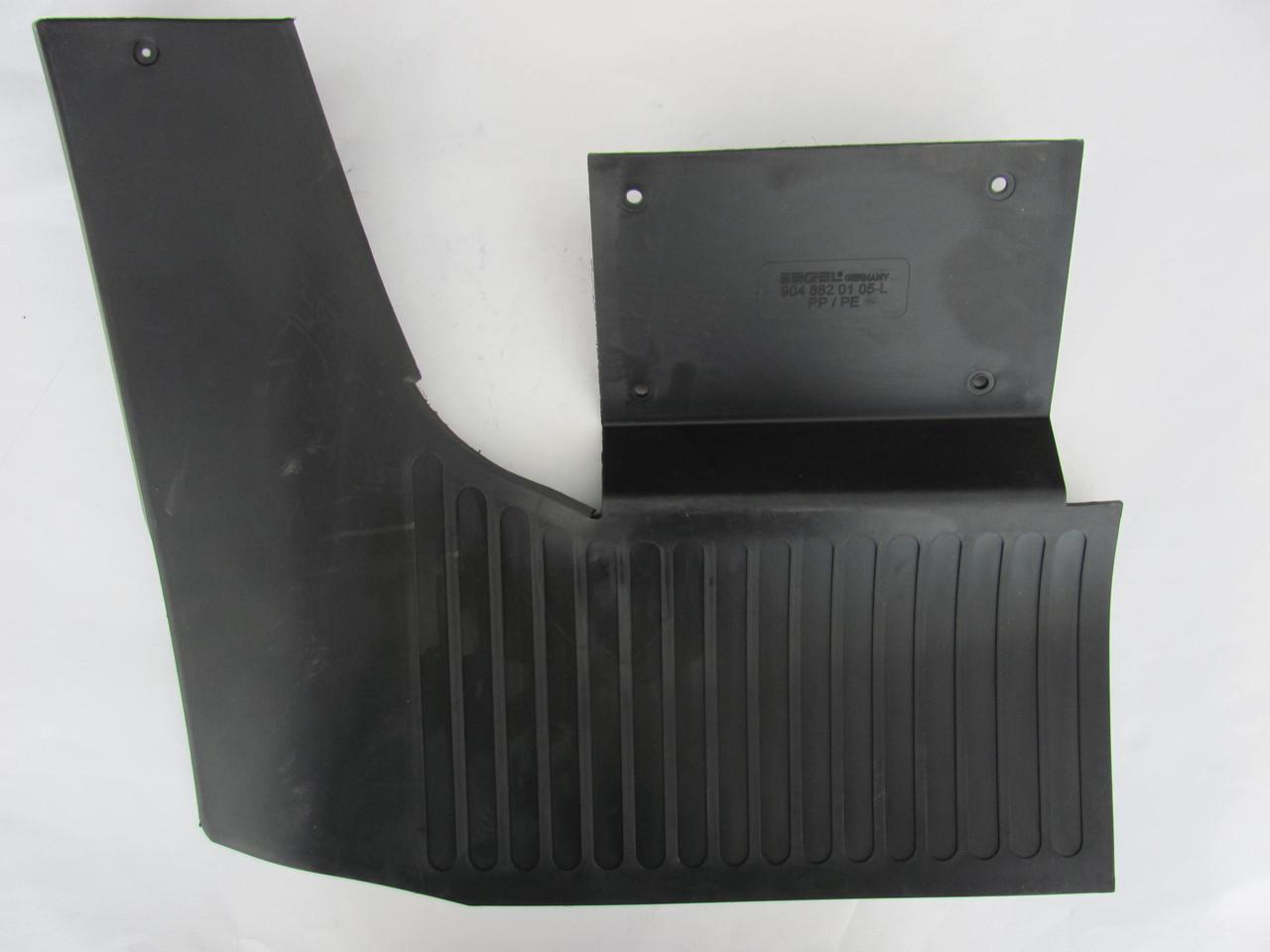 Брызговик задний MB Sprinter 412/VW LT46 96- R