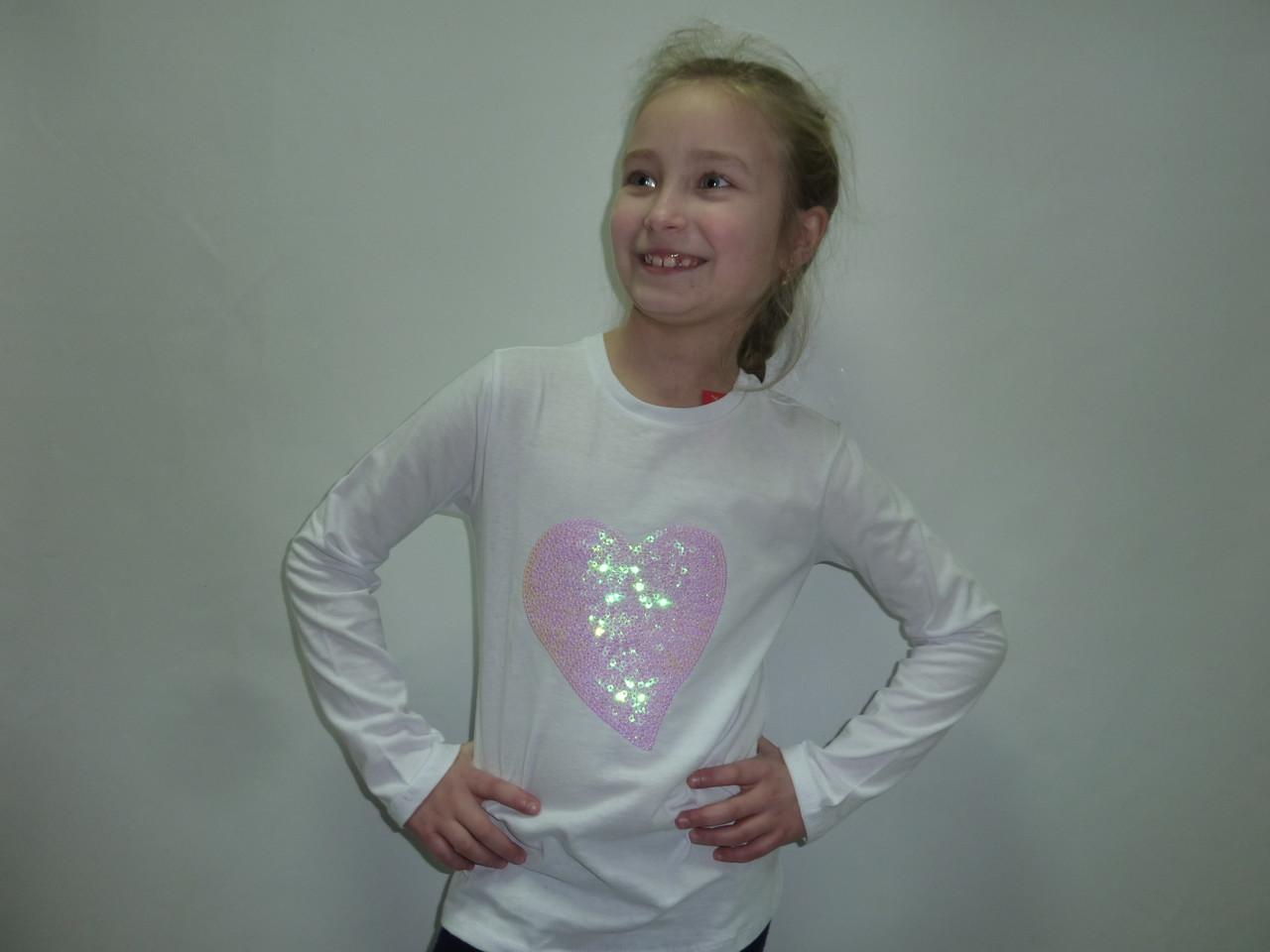 Нарядная футболка с пайетками сердце
