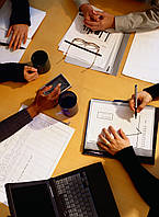Составление  финансовой отчетности  по  международным, национальным  стандартам бухучета  и  финотчетности.