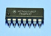 Микросхема 4007 /MC14007UBPC  dip14