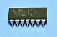 Микросхема 4093 /HEF4093BP  dip14  NXP