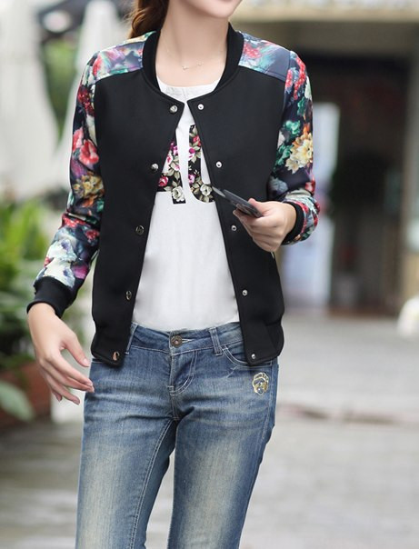 Куртка бомбер черный с цветами