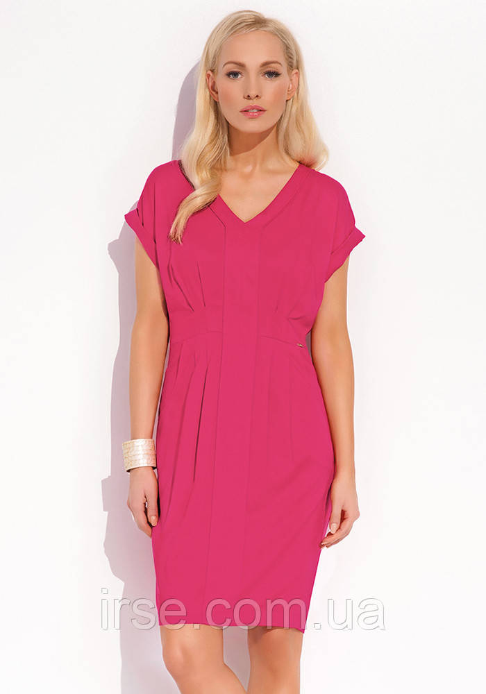 Женское летнее платье с коротким рукавом малинового цвета. Модель Janis Zaps.