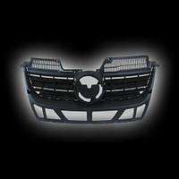 Декоративная решетка радиатора V.W.JETTA V `05-`09 с отверстием для эмблемы, черная