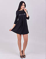 Стильное платье с отделкой из кружева