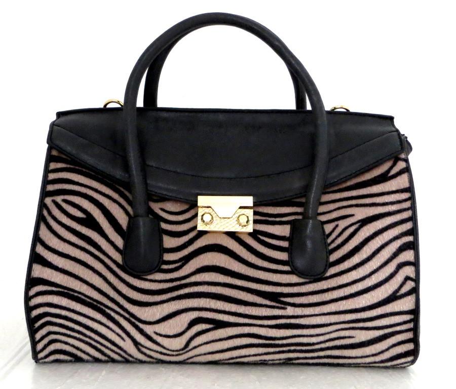 Стильна вместительная женская сумка Кожзам