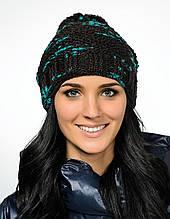 Интересная красивая теплая вязаная женская шапка с бумбоном.