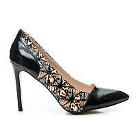 Элегантные женские туфли лодочки с цветными вставками по бокам