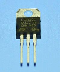 Микросхема 7812 (L7812CV) (dual)  TO-220  STM