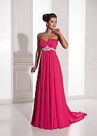 Изумительное вечернее платье с шикарным шлейфом и удивительным поясом из камней