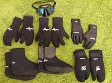 Подводные носки перчатки