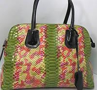 Кожаная зелёная сумка на три отдела