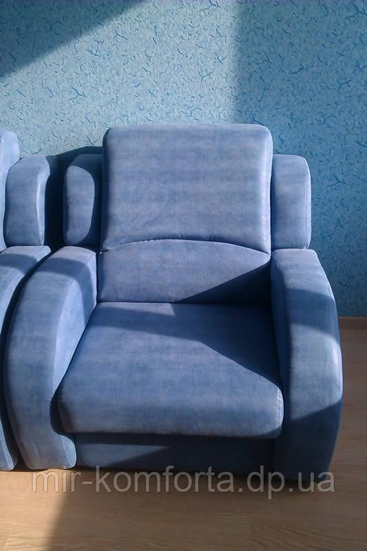 Обивка комплекта мягкой мебели
