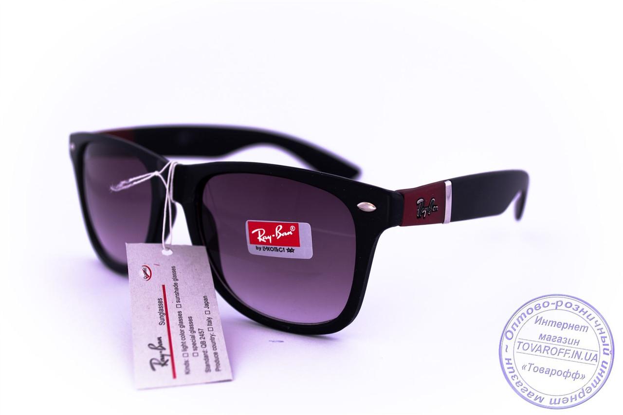 Солнцезащитные матовые очки унисекс Ray Ban Wayfarer - Черно-бордовые