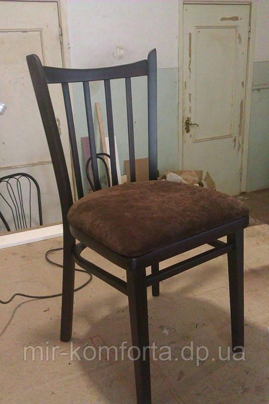 Перетяжка стільця