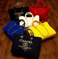 Яркие сумки Chanel