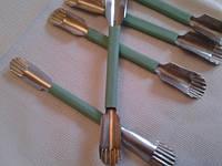 Круглый нож-стаместка с волнистой кромкой средний