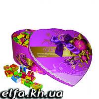 Жвачка Love is в подарочной упаковке 200 шт